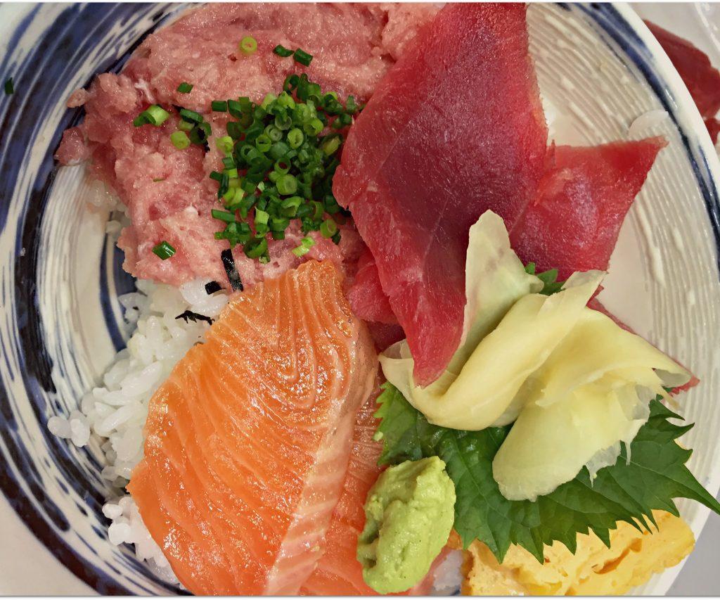 Donburi  - Top 10 Japán étel amit meg kell kóstolnod