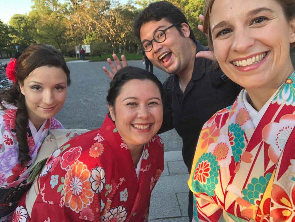 Kimonoban - Felpróbáltam egy kimonót - Judit Travels